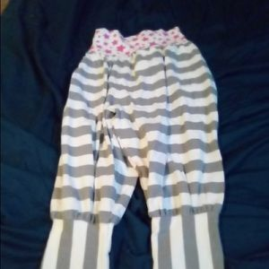 Other - Star and striped capris